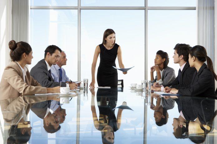 La mujer directiva hace más rentable la empresa